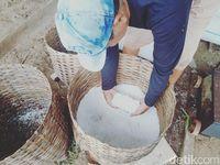 Industri Garam Rakyat di Pangandaran Digenjot
