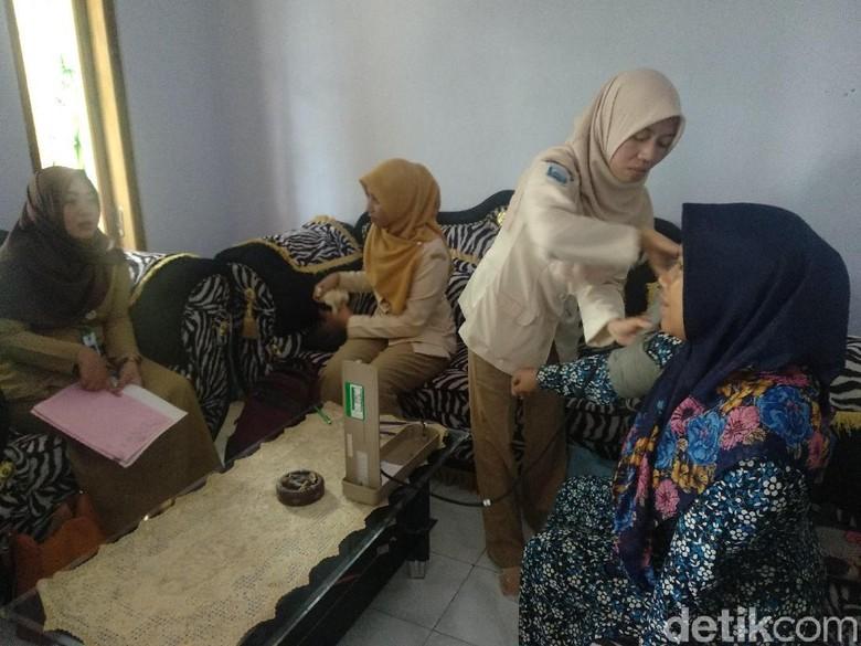 Wanita Pemakan Sabun Probolinggo Diperiksa Dokter, Ini Hasilnya