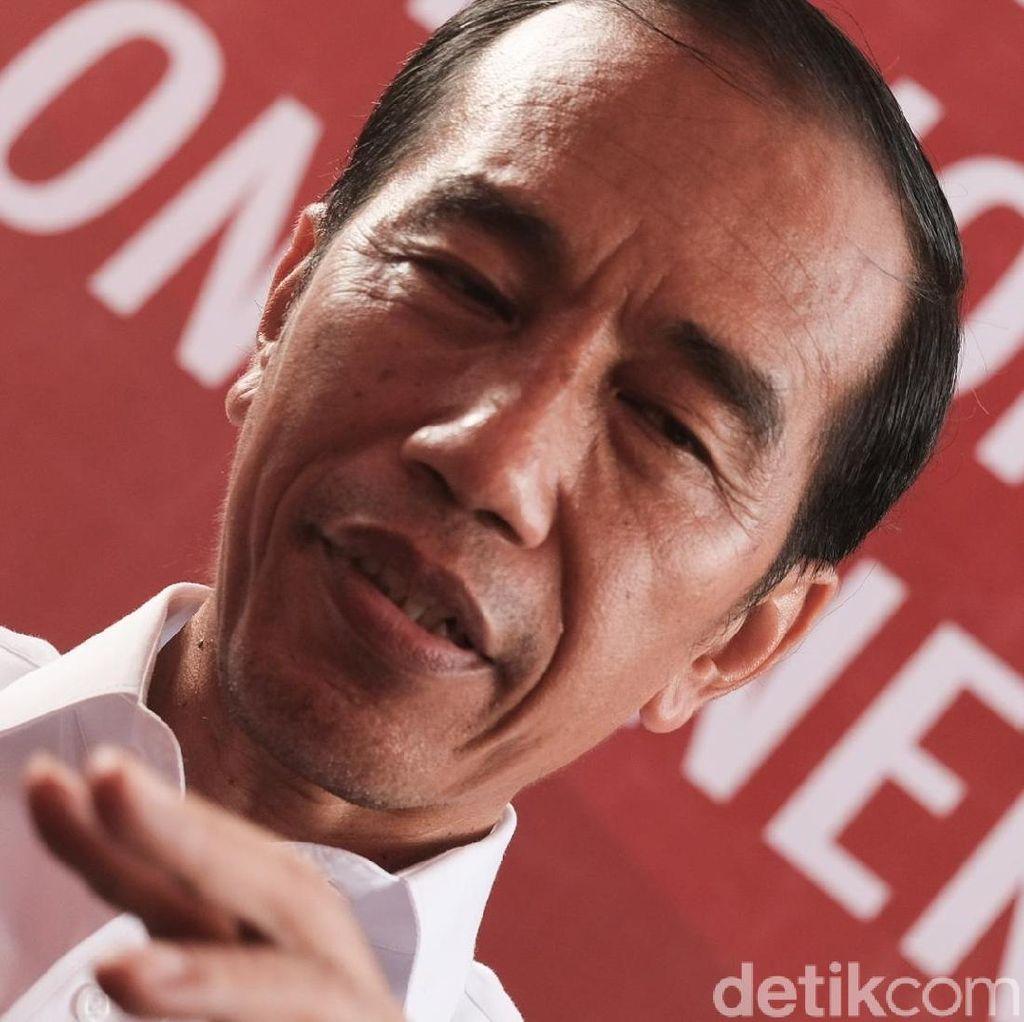 Di Depan Kepala Desa, Jokowi Pamer Gendutnya Dana Desa