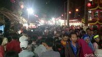 Ribuan Wisatawan Padati Perayaan Cap Go Meh di Pulau Kemaro Palembang