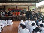 Terlibat Tawuran, Pelajar Sukabumi Dipamerkan ke Teman Sekolah