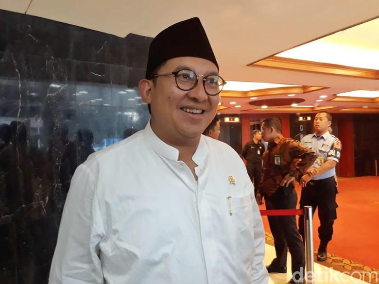 Belakangan Ini Fadli Zon Tak Ada di Sisi Prabowo, Ada Apa?