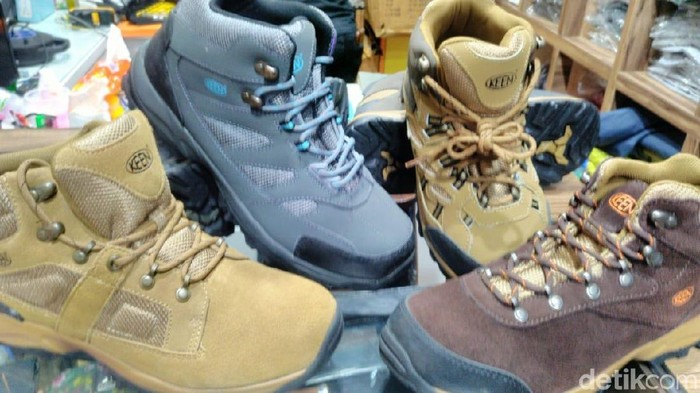 Foto: Sepatu gunung Keen (Ist)