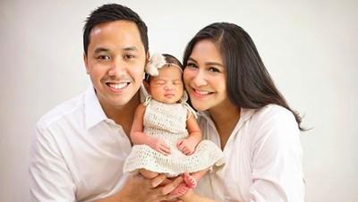 Tantangan Jadi Ibu Baru Bikin Caca Tengker Bahagia