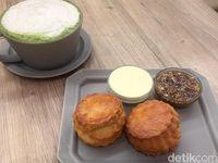 Chavaty: Santai Sore Ditemani Matcha Tea Latte Plus Scone Hangat