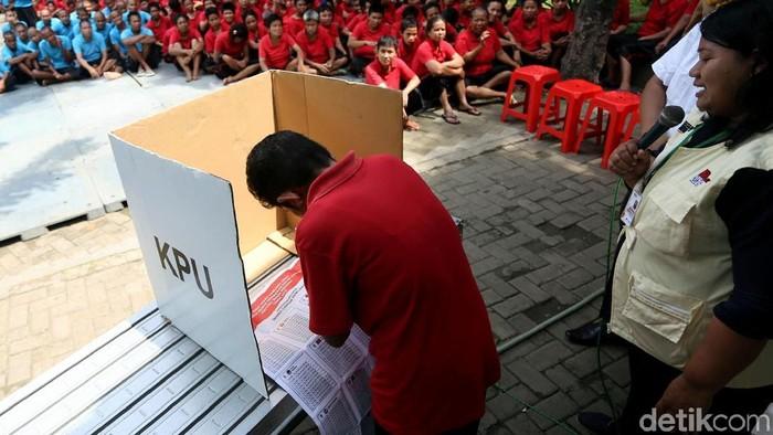 Orang dengan Gangguan Jiwa tetap berhak nyoblos loh. Foto: Agung Pambudhy