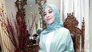 Gaya Bling-bling Syahrani