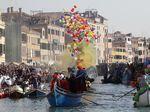 Melacak Sejarah Karnaval Venesia, Pesta Rakyat Terbesar di Italia