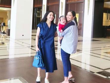 Yeay! Bonding Caca dan Ansara makin ceria dengan keberadaan Tante Nagita. (Foto: Instagram/cacatengker)