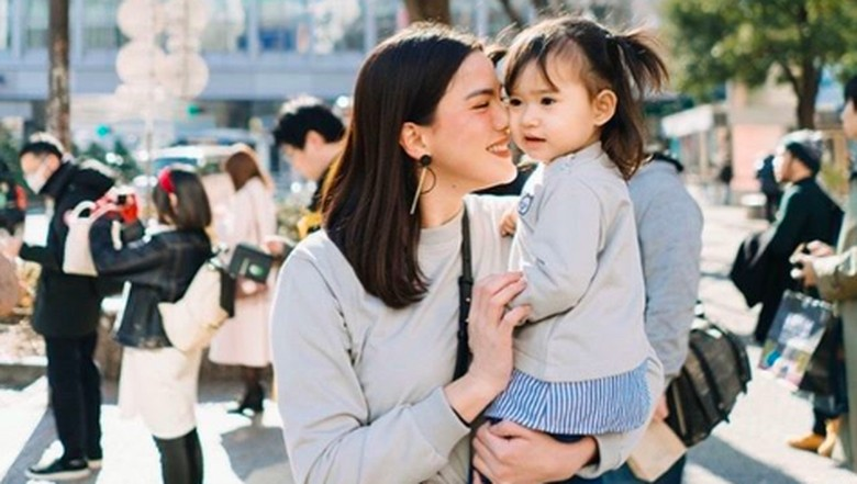 Alice Norin dan putrinya, Alita/ Foto: Instagram @alicenorin