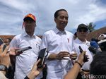 Jokowi Bantah Pulpen Jadi Alat Komunikasi di Debat: Pulpen Ini? Nih!