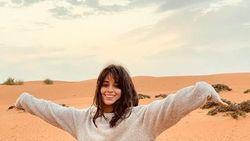 Wow! Camila Cabello Bakal Perankan Sosok Cinderella