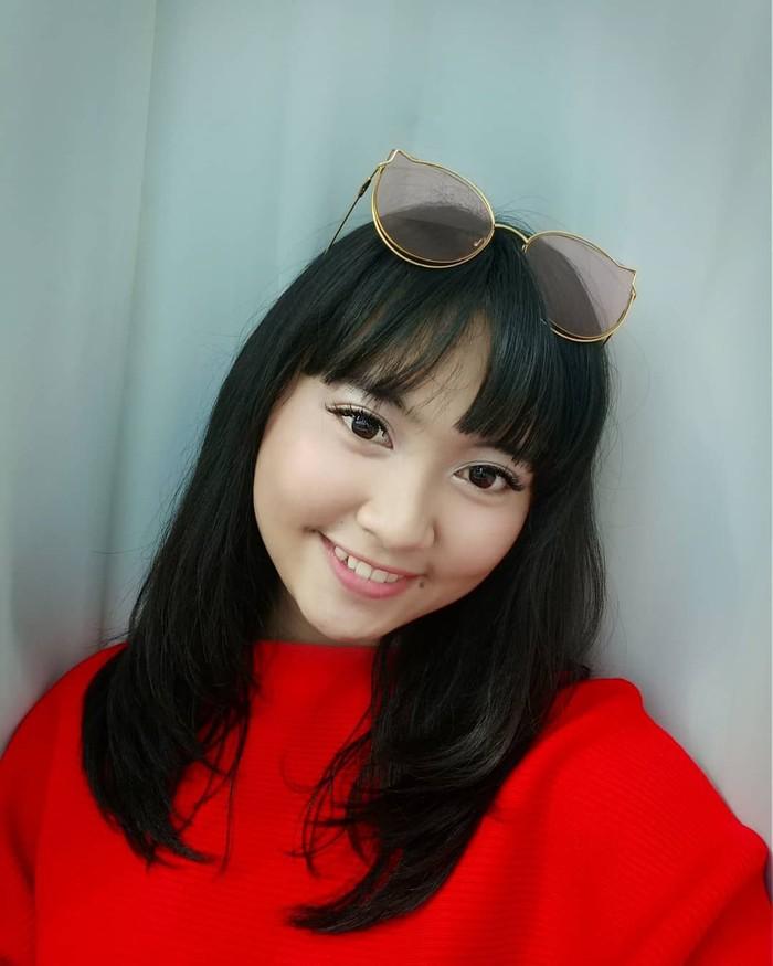 Lebby Wilayati mulai memasuki dunia hiburan dan memperkenalkan diri sebagai penyanyi dangdut. Gadis berparas manis ini adalah keponakan Dewi Persik. Foto: instagram @lebbywilayati