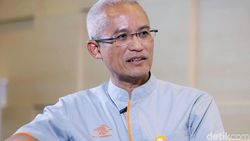 Jurus Pos Indonesia Bertahan di Ambang Kematian