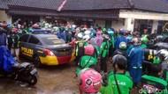 Rekannya Dikeroyok, Massa Driver Ojol Geruduk Mapolsek Parungkuda