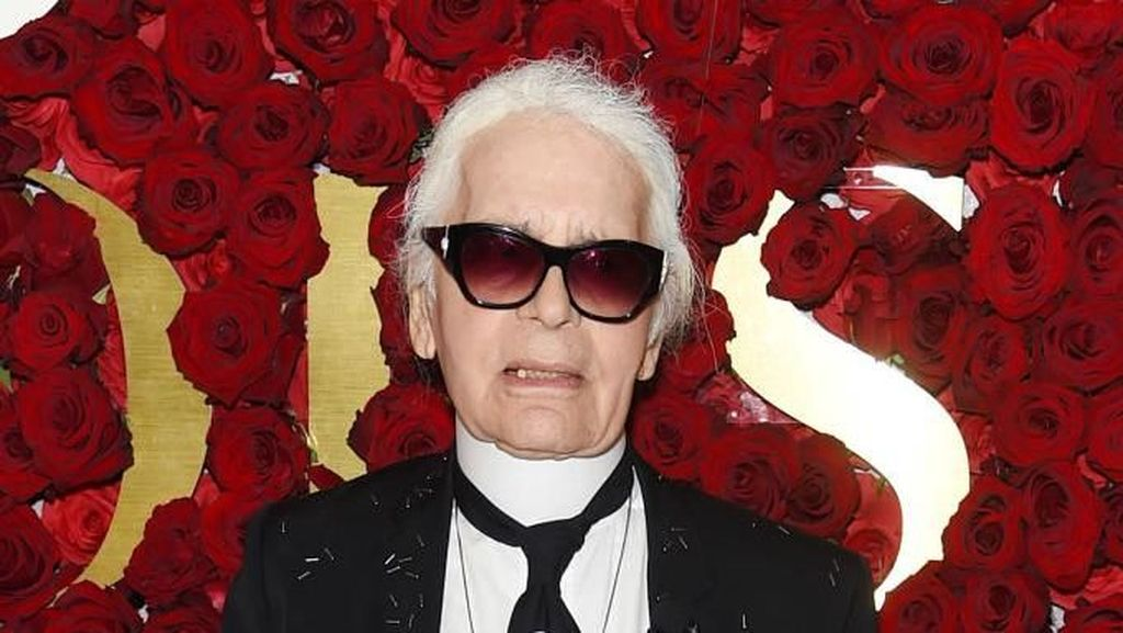 5 Kontroversi Karl Lagerfeld Semasa Hidup, Dress Al Quran hingga Anti Gemuk