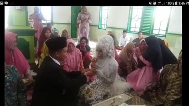 Viral Sejoli Nikah dengan Mahar Es Cendol, Ini Cerita di Baliknya