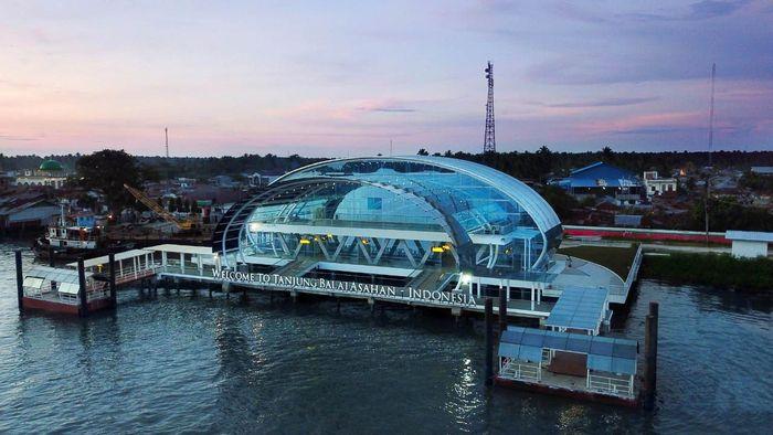 Modernisasi dan penataan terminal penumpang Pelabuhan Tanjung Balai Asahan berjalan sejak 2017, saat ini sudah selesai 100%.. Istimewa/PT Pelindo I.