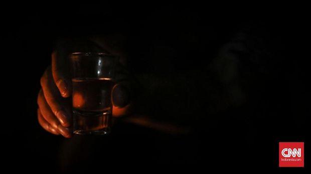 Kebiasaan Minum dan Kaum Asal Pusing
