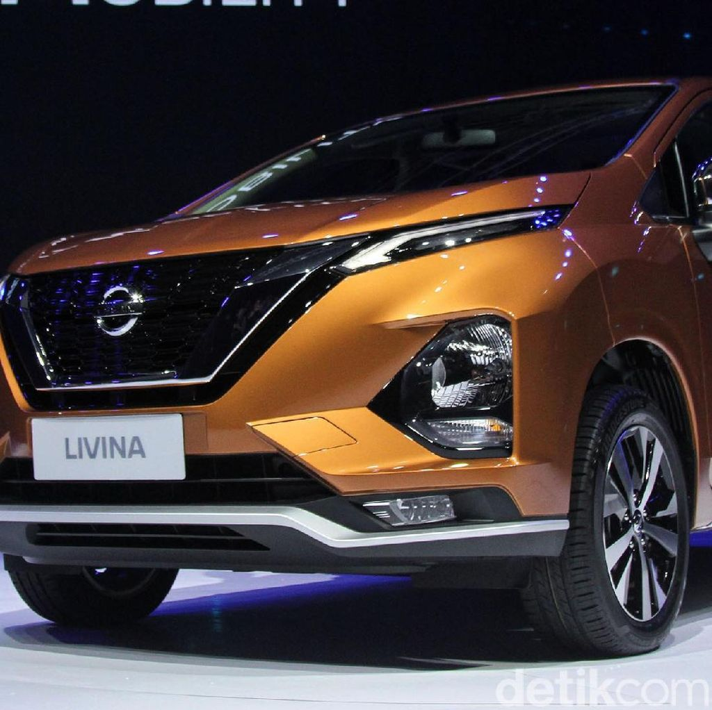 Bedah Fitur Nissan Livina Vs Mitsubishi Xpander