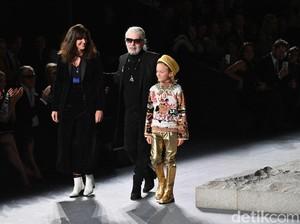 Karl Lagerfeld Meninggal, Intip Lagi 10 Fashion Show Chanel Paling Spektakuler