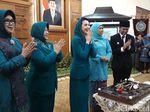 Momen Arumi Dapat Kejutan Ultah ke 25 di Hari Pelantikan Ketua PKK