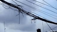 Duh! Kabel Terbakar-Melintang di Depan Kantor Bupati Purwakarta