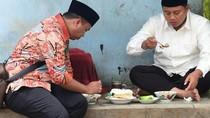 Jajan Baso Cuanki hingga Lotek, Ini Gaya Kulineran Wagub Jabar Kang Uu