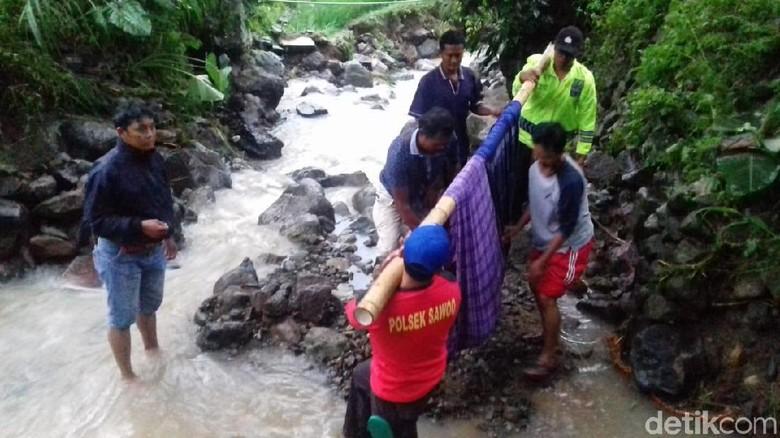 Hujan Deras di Ponorogo, Satu Warga Tewas, Satu Rumah Roboh
