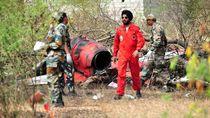 Pesawat Tempur India Tabrakan saat latihan Aerobatik