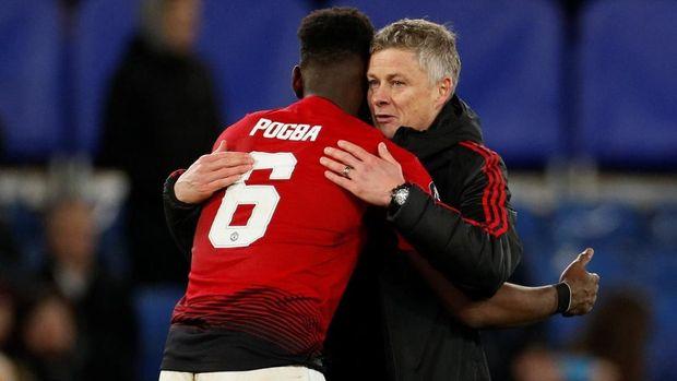 Ole Gunnar Solskjaer memuji Paul Pogba usai mengalahkan Chelsea.
