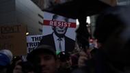 Massa Anti-Trump Unjuk Rasa di Times Square AS