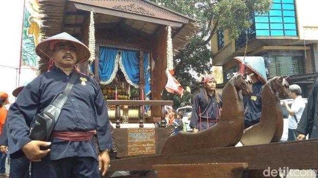 Ada belasan Joli yang hadir di Cap Go Meh Cirebon