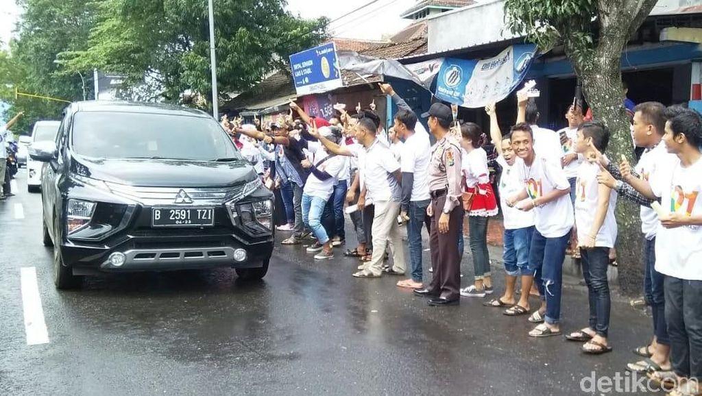 Lagi-lagi, Sandiaga Disambut Massa Jokowi di Jatim