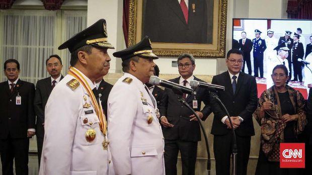 Jokowi Resmi Lantik Gubernur dan Wagub Riau