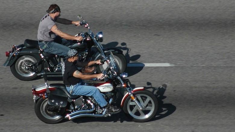 Naik Motor Tanpa Helm. Foto: Istimewa