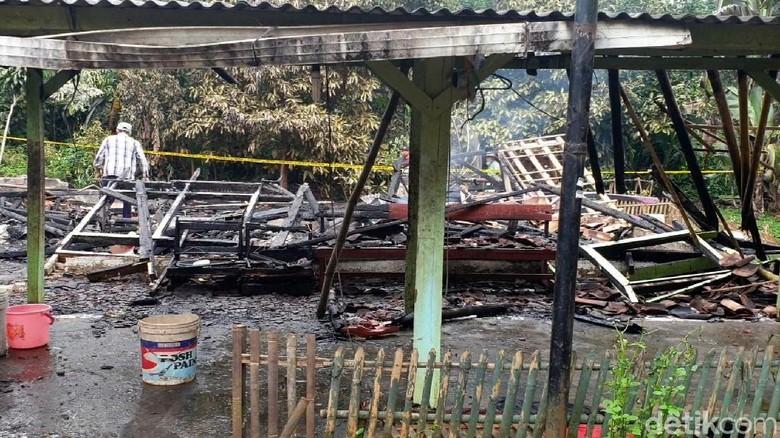 Puslabfor Selidiki Penyebab Pasti Kematian Sekeluarga di Sukabumi