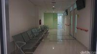 Ruang khusus perawatan infeksi.
