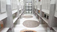 Lantai 1 gedung pelayanan RSUI.
