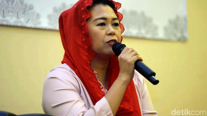 Yenny Wahid hadir dalam diskusi Rabu Hijrah yang bertema Hijrah Menuju Indonesia Maju. Dalam diskusi itu Yenny Wahid bicara kondisi Indonesia saat ini.