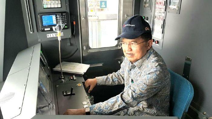 Foto: Jusuf Kalla (JK) jajal MRT Jakarta (Dok. Setwapres)