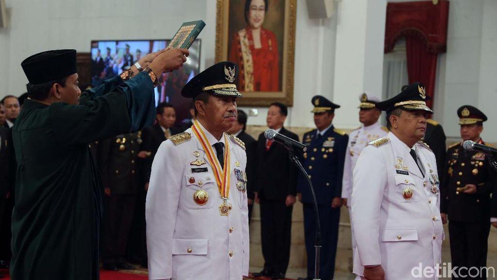 Jokowi Lantik Gubernur dan Wagub Riau
