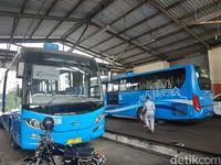 Bus yang Lebih Baru di Pool PPD Depok.