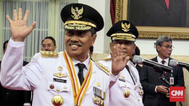 gubernur dan wakil gubernur Riau terpilih, Syamsuar-Edy Natar.