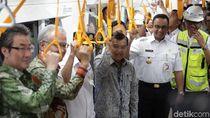 Giliran JK Jajal MRT