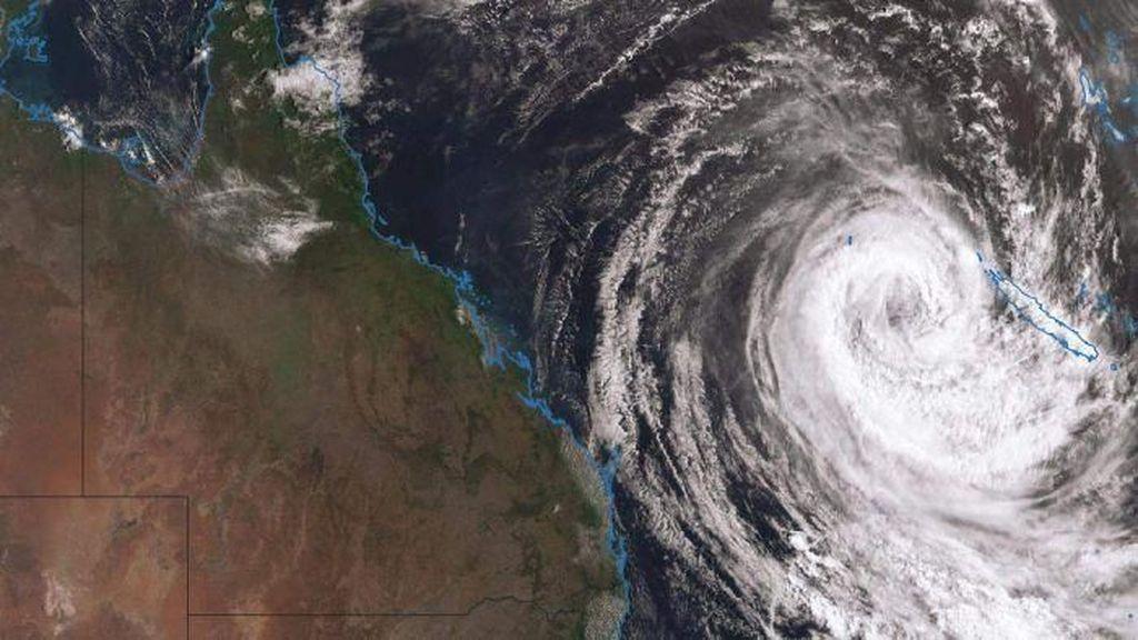 Setelah Terjang Kaledonia Baru, Badai Topan Oma Ancam Queensland
