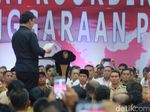 Mendagri Ajak Kades Jawab Seruan Dana Desa dengan Pak Jokowi