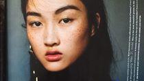 Potret Li Jingwen, Model Zara yang Jadi Viral Gara-gara Freckles