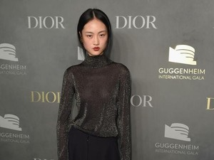 Iklan Lipstik Zara di China Dikritik Karena Tampilkan Model dengan Freckles