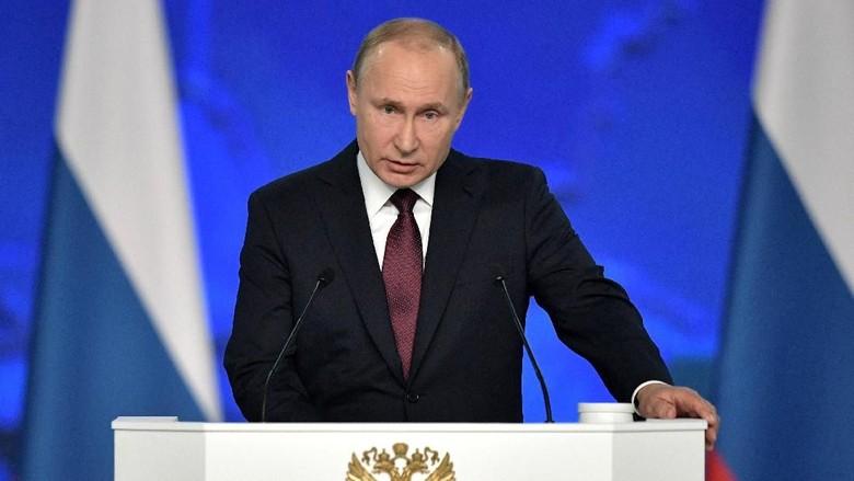 Kremlin: Putin dan Macron Serukan Upaya Selamatkan Kesepakatan Nuklir Iran